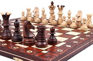 The Jarilo business gifts chess set