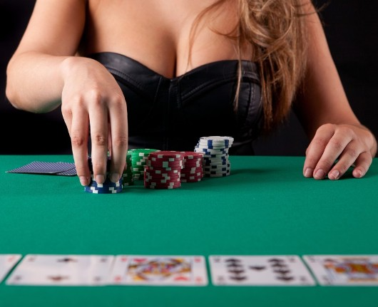 Determining the Best Hand in Poker Hold'Em