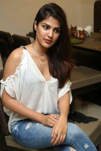 Read more about the article Rhea Chakraborty Age, Height, Boyfriend, Family, Biography…