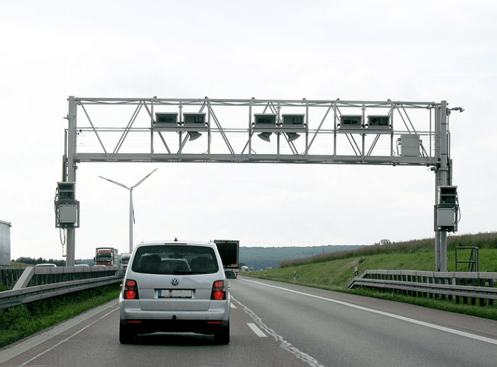 Gantry for GNSS based toll charging