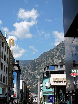 guide andorre onlybrightness 6 - Travel Guide : 1 day in Andorre !