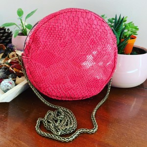 Sac rond simili cuir serpent rose
