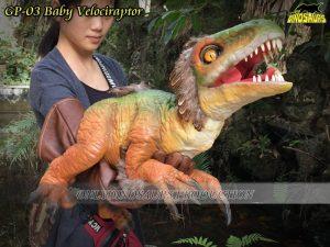 GP 03 Baby Velociraptor with Glove
