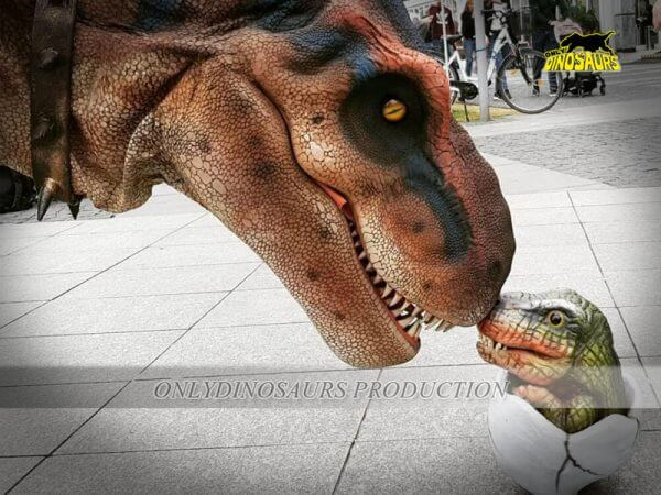 Big T Rex with Baby Egg T Rex 600x450 1