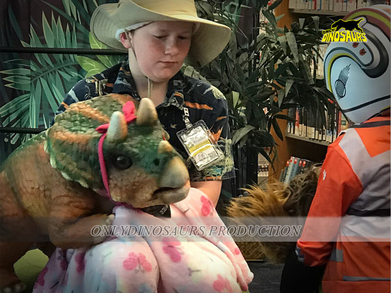 Realistic Dinosaur Puppet 1