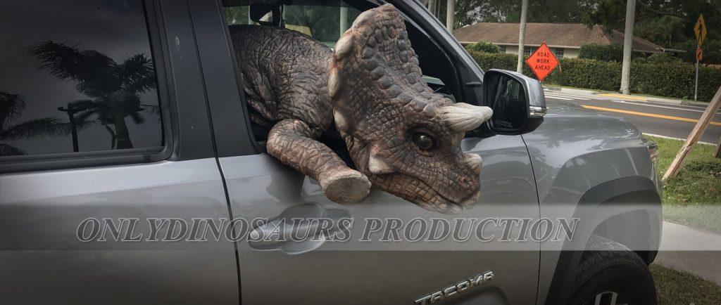 Triceratops Dinosaur Puppet 1