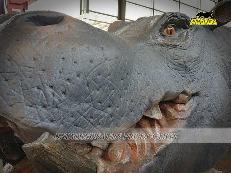 Animatronic Hippo 1
