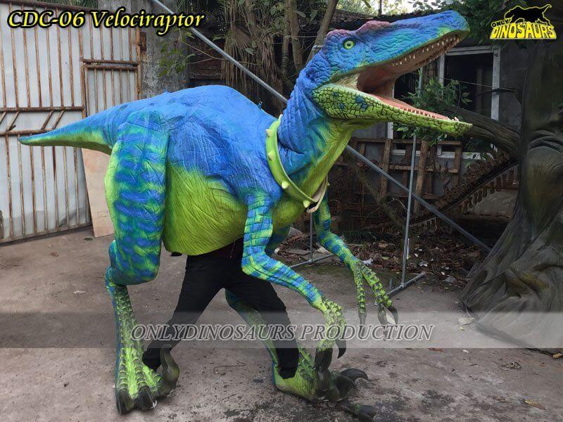 CDC 06 Realistic Custom Velociraptor Costume 1