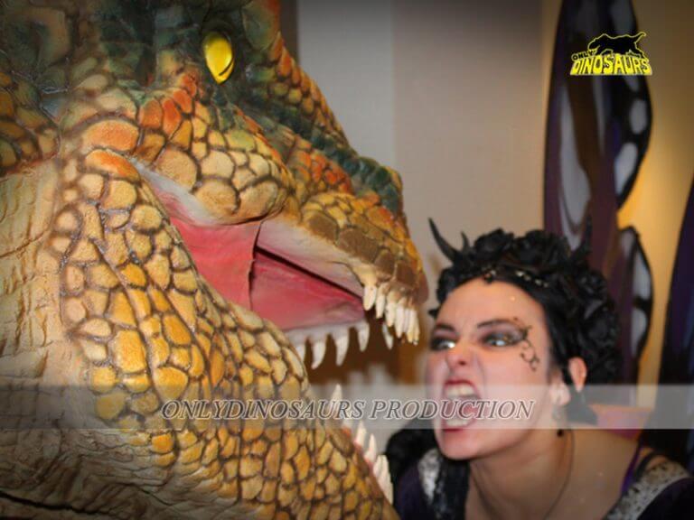 Dinosaur Cosplay Costume 2 768x576 1