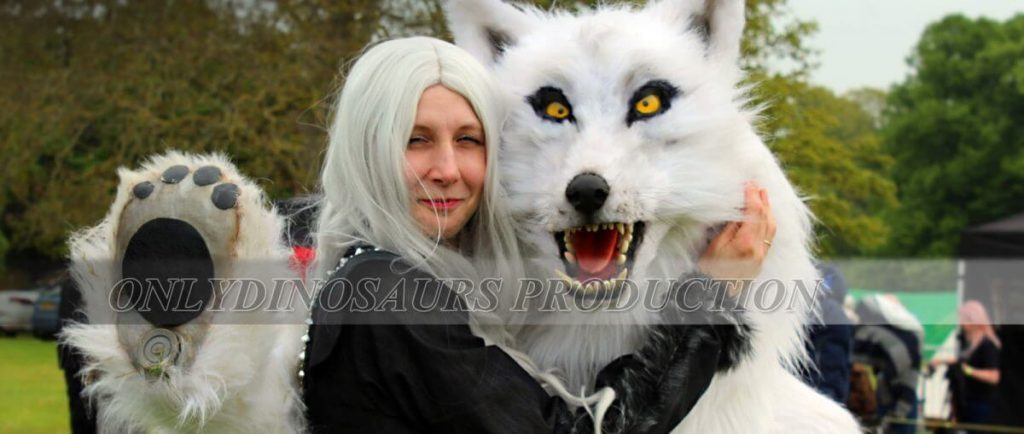 Realistic Wolf Suit with Beauty 1200x509 1