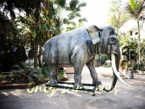 Artificial Animatronic Elephant Jungle Animal