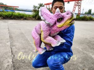 Artificial Dinosaur Pink Puppet Dinosaur Park