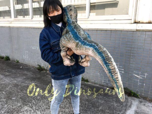 Baby Blue Velociraptor Puppet from Jurassic World4 1