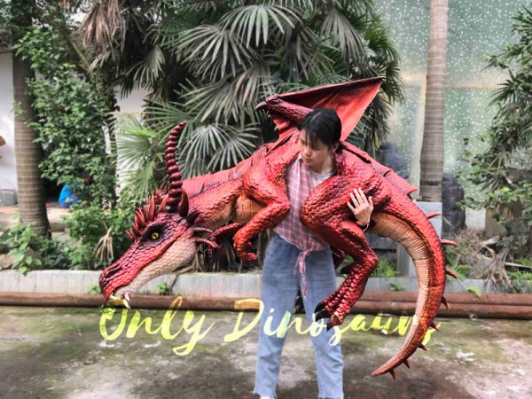 Eye-Catching-Full-Body-Puppet-Myths-Dragon-In-Red5-2