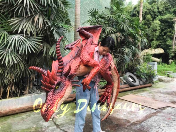 Eye-Catching-Full-Body-Puppet-Myths-Dragon-In-Red6