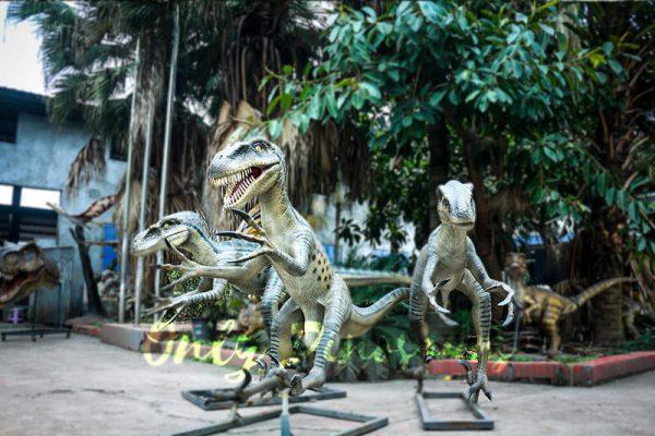 Full size Fiberglass Dinosaur Velociraptor in Group1 1