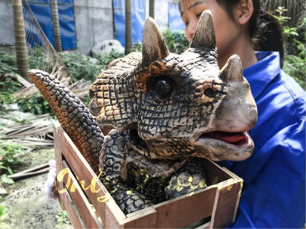 Hot Selling Realistic Dinosaur Puppet in Crate Sandybrown1 1