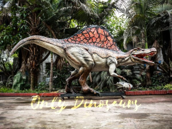 Jurassic Park Animatronic Spinosaurus Grasping Fish1 1