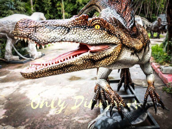 Jurassic Park Animatronic Spinosaurus Grasping Fish2 1