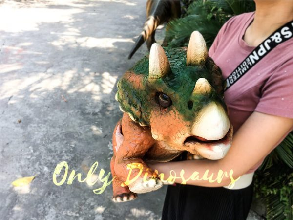 Jurassic World Triceratops Hand Puppet Orange Green5 1