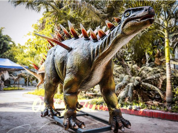 Life Size Animatronic Huayangosaurus Attraction4 1