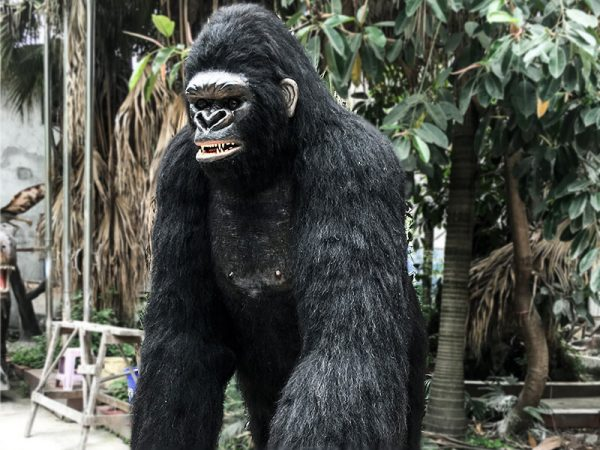 Life Size Realistic King Kong for Sale3 1