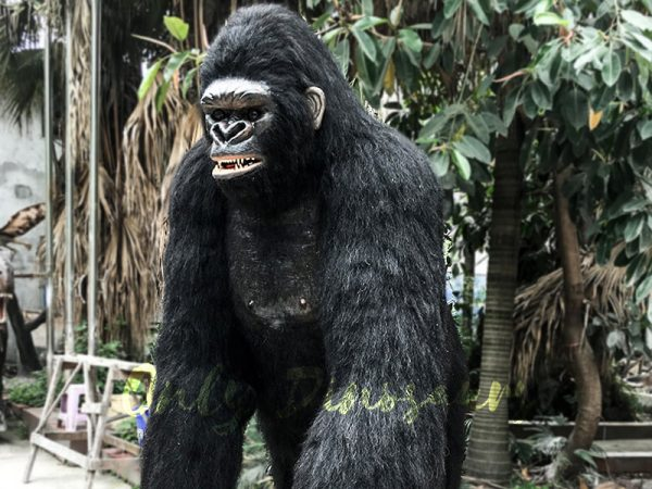 Life-Size-Realistic-King-Kong-for-Sale3-2