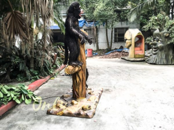Park Attraction Black Animatronic Monkey with stump2 1