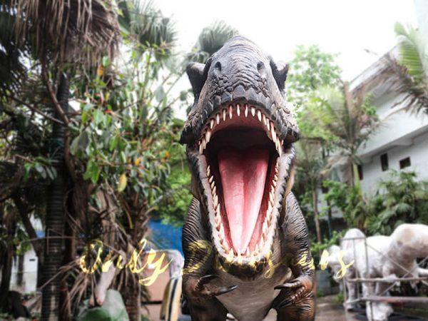 Realistic Animatronic Tyrannosaurus of Jurassic World4 1