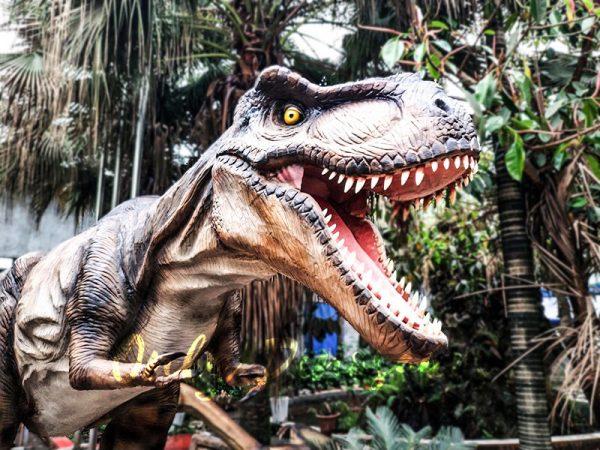 Realistic Animatronic Tyrannosaurus of Jurassic World9 1