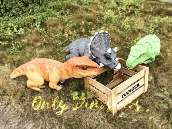 Realistic Baby Triceratops Hand Puppet Manually Controlled Puppet6 1