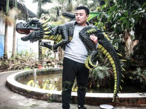 Realistic Dragon Shoulder Puppet for Event Black & Green