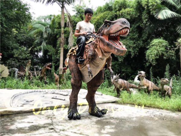 Realistic Ride On Dinosaur Costume on Stilts for Adults1 1