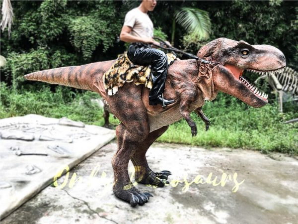 Realistic Ride On Dinosaur Costume on Stilts for Adults4 1
