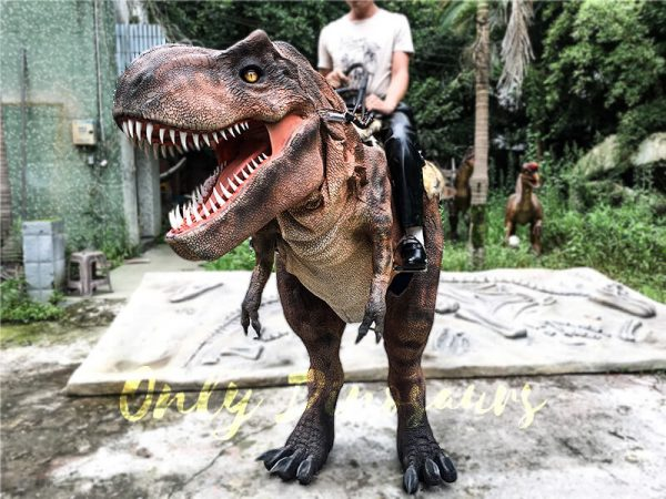 Realistic-Ride-On-Dinosaur-Costume-on-Stilts-for-Adults5-2
