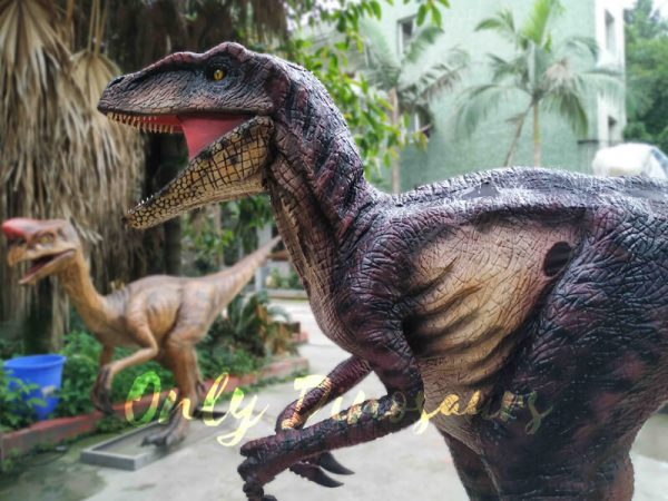 Realistic-Velociraptor-Suit-for-Prank6