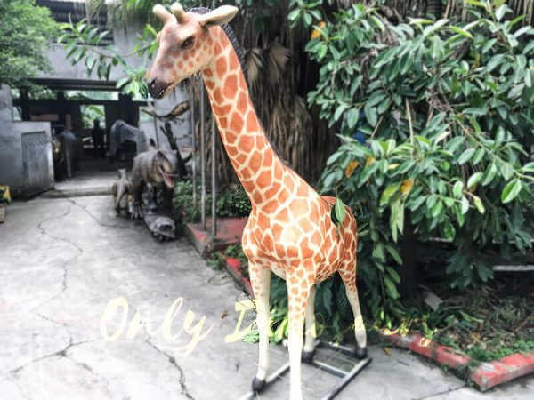 Amusement Park Animatronic Giraffe for sale5