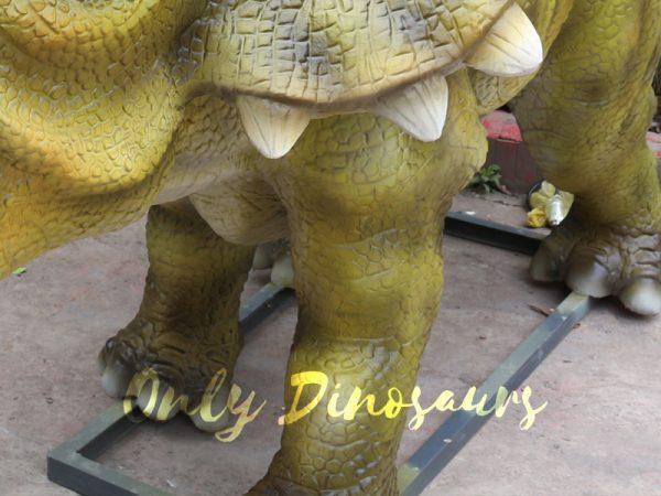 Animatronic-Triceratops-For-Dinosaur-Park-1