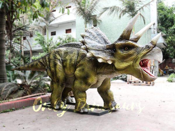 Animatronic Triceratops for Dinosaur Park4