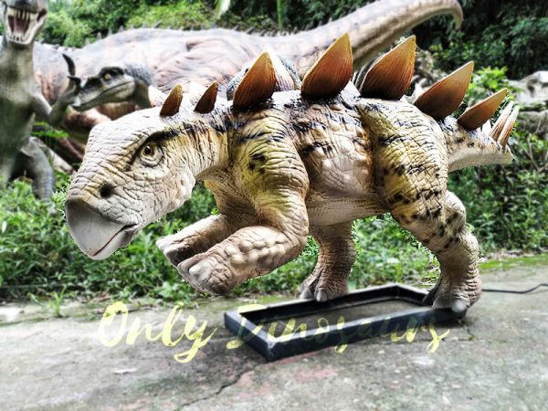Animatronic Young Stegosaurus Props for Garden9