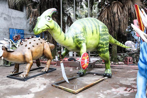 Armed Custom Dinosaur Parasaurolophus in Green2