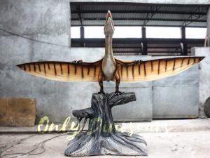 Dinosaur Animatronic Pterodactyl on stump