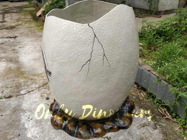 Dinosaur-Eggshell-Fiberglass-Statues-For-Sale-555