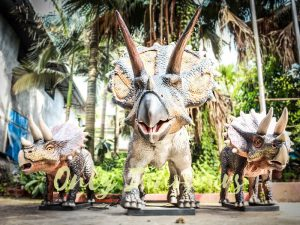 Dinosaur Exhibition Attract Animatronic Triceratops Family1