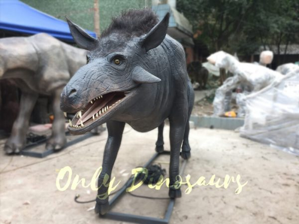 Hell-Pigs-Animatronic-Animals-for-sale2