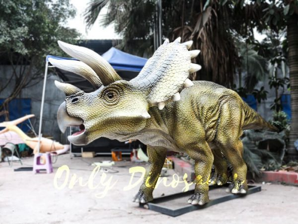 Jurassic Park Animatronics Triceratops for sale3