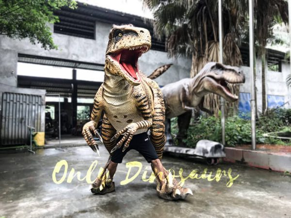 Jurassic World Dinosaur Costume Adults Realistic Raptor4