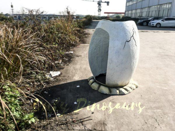 Jurassic World Fiberglass Statues Eggshell4