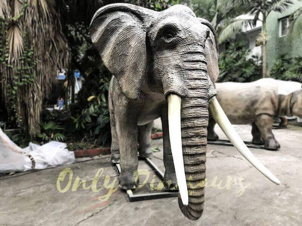 Juvenile Animatronic Elephant Realistic Model1