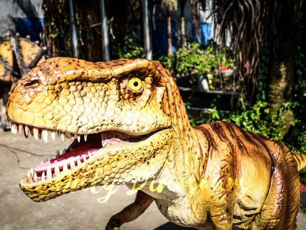 Lifelike Trex Animatronic Dinosaur in Jurassic Show1